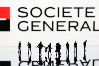 Société Générale mise sur le digital et ferme 600 agences avant 2025.